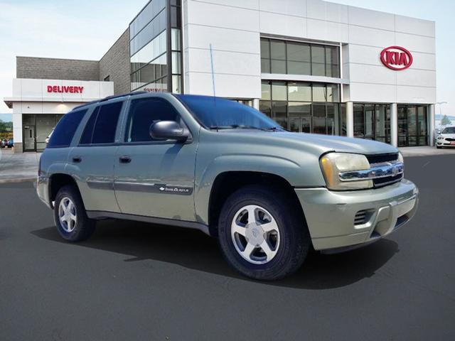 Pre-Owned 2004 Chevrolet TrailBlazer LS