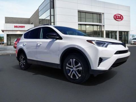 Pre-Owned 2017 Toyota RAV4 LE FWD 4D Sport Utility