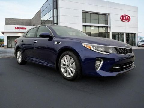 New 2018 Kia Optima S FWD 4D Sedan