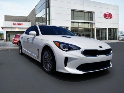New 2018 Kia Stinger Base RWD 4D Sedan
